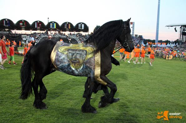 Horse Painting, Vincent van Gogh, CHIO Aachen, Eröffnungsfeier, Bodypainting Marlies Brinker, Rheine, NRW, Düsseldorf, Köln
