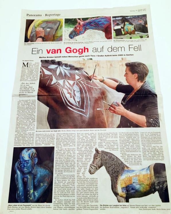 Horse Painting Vincent van Gogh für CHIO Aachen, Bodypaintingkünstlerin Marlies Brinker