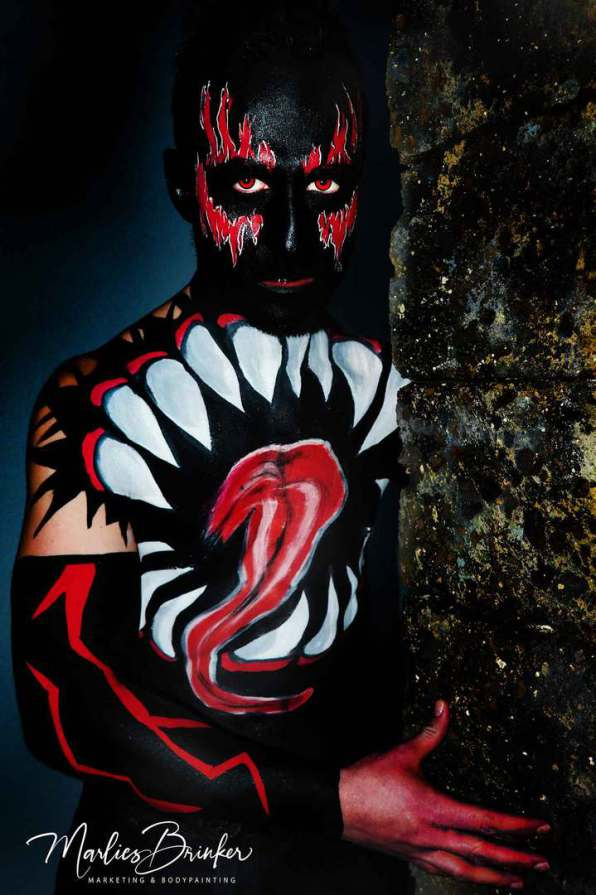 "Sieht nur gruselig aus,  ist es aber gar nicht!!! Bodypainting mit Fotoshooting  ""The Demon King"" Painting & Foto: Marlies Brinker Model: Michael Eisel Hat soooo viel Spaß gemacht!!!! www.color-diving.com, Bodypainting, Messen, Fotoshooting,"